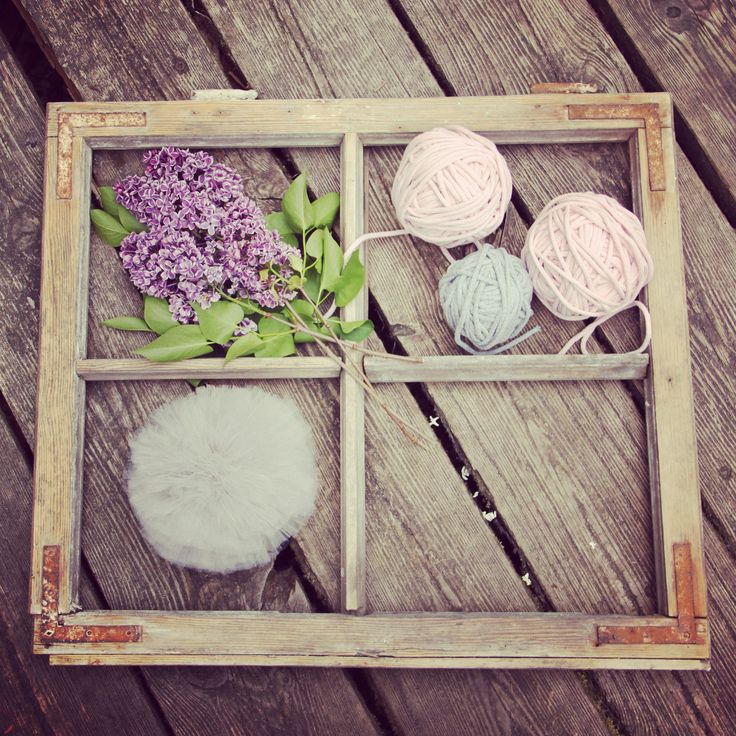 Vintage window, vintage photosession. Flowers, cord and our pompon. Classy.