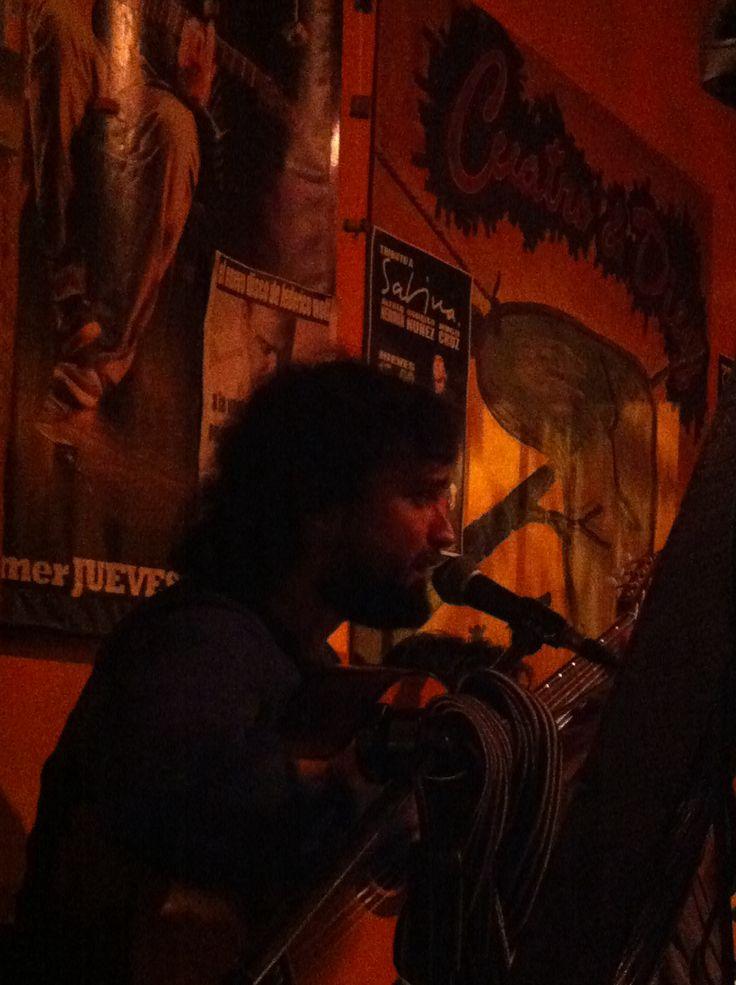 Cristobal cantando zamba de la tristeza en versión de #PedroAznar