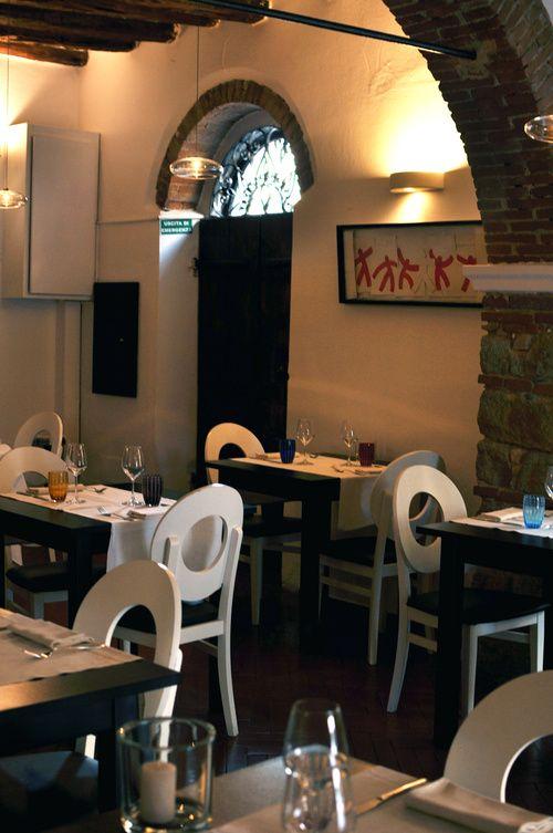 Interior of restaurant / Photo by Irina Eller / irinaeller.com #wine #food #italy #restaurant #sardinia #sardegna #olbia