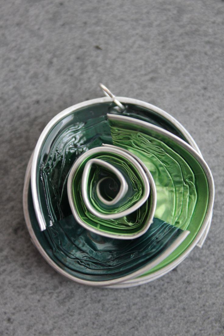Pendentif Nespresso 3 couleurs, Vert sapin, vert d'eau, vert acidulé
