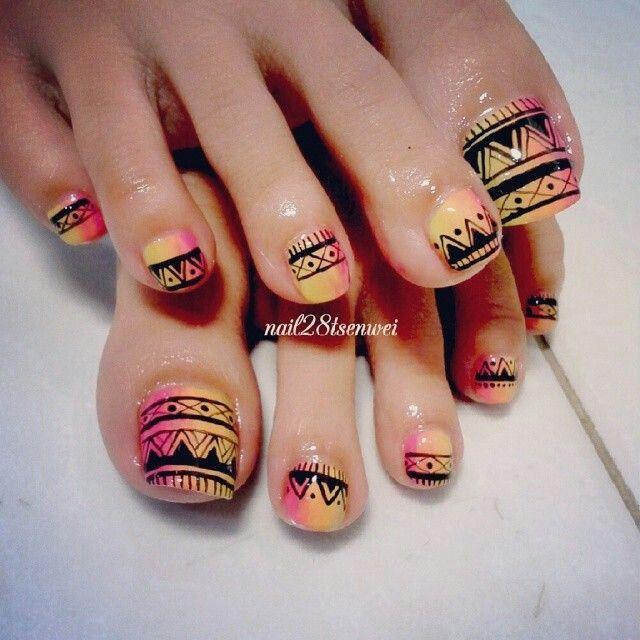 Aztec pink and orange pedicure nailart
