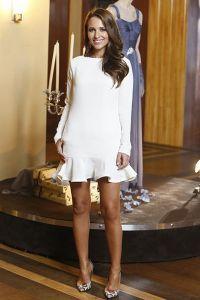 Vestido elegante bajo vvestido elegante o lana
