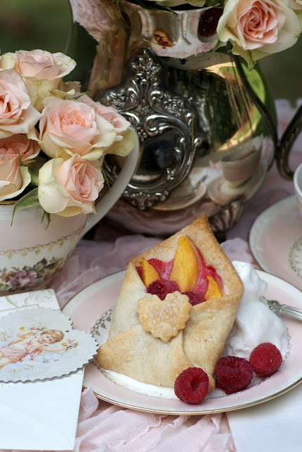 A Little Loveliness: Special Delivery Tea Party  Special Delivery Fruit tart