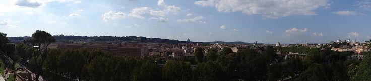 Wzgórze Awentyńskie - jedno z siedmiu, na których leży Rzym. Zielone, pełne obiektów sakralnych i starożytnych pozostałości. Sprawdź co warto zobaczyć?
