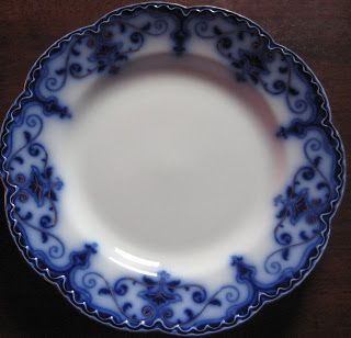 "Freddy's Girls China Collection: Johnson Bros Flow Blue ""Jewel"" pattern dinner plate"