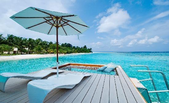 Holiday Inn Resort Kandooma. . . Maldives!!