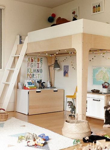 Oeuf Perch Bunk Bed. Shown here as a loft bed (comes with everything to make a bunk bed too) | #ellaandelliot