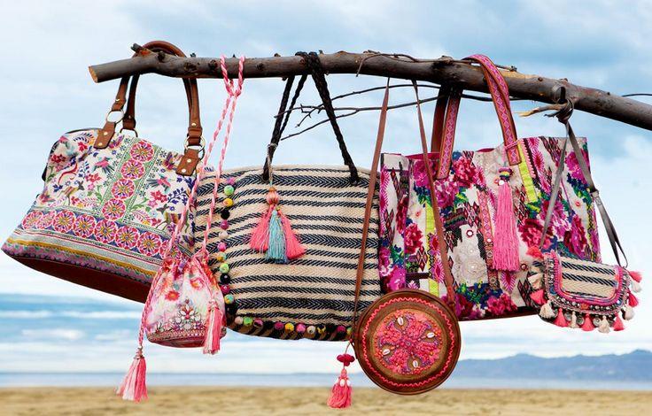 Be bold on the beach... #beachbags #colourpops