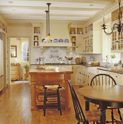 The creamy quality of the cabinets.: Country French, Dreams Kitchens, Kitchens Design, Kitchens Ideas, Kitchens Islands, Country Kitchen Island, Kitchen Islands, French Country Kitchens, French Kitchens