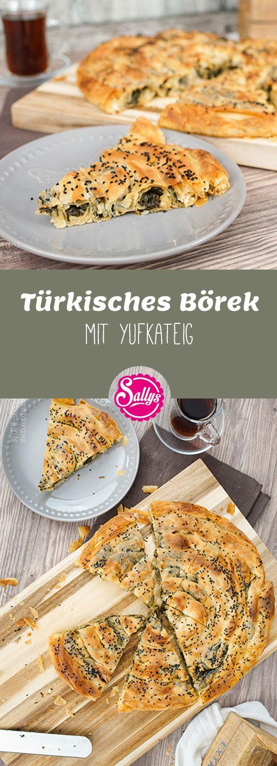 Dieses türkische Börek wird aus selbst gemachten Yufkablättern zubereitet und ist mit einer Spinatfüllung zubereitet.
