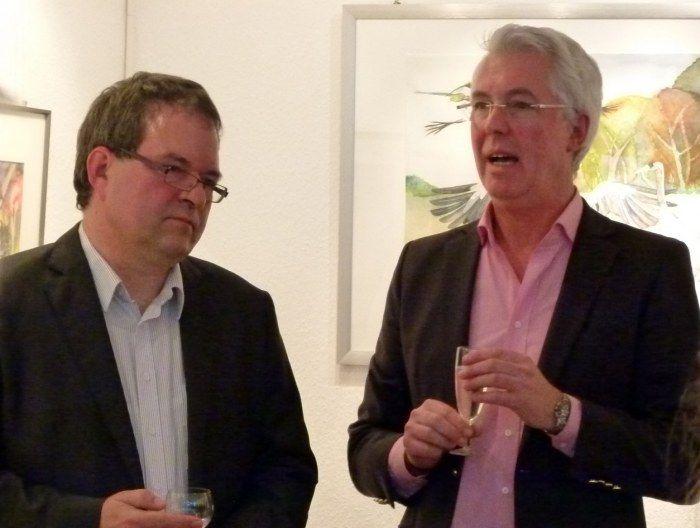 Ausstellung Faszination Kraniche | Karsten Peters und Frank Koebsch eröffnen die Kranich Ausstellung (c) Maike Josupeit