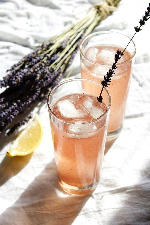 This Lavender Moscow Mule is a refreshing take on the classic beverage that's sure to awaken your tastebuds!
