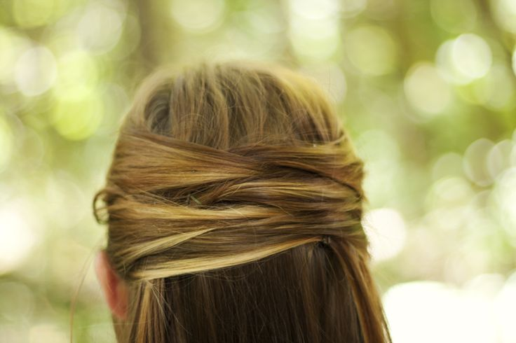 Summer is in full swing and everyone is looking for a cool summer hair style that will keep them not only feeling but looking amazing. Here we have another