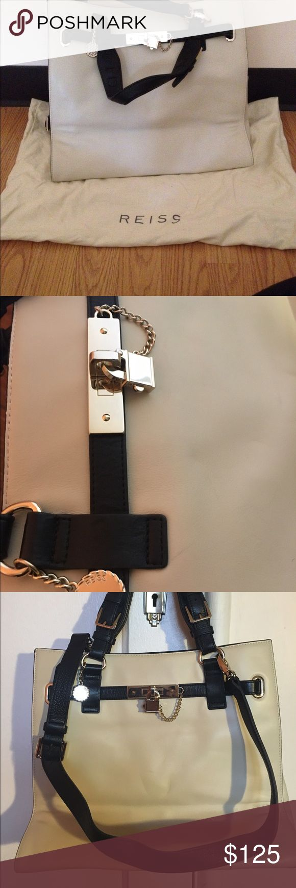 Reiss Bleecker Structured Leather Bag authentic Excellent used condition with tiny marks at the front of the bag ( please refer to the picture )and small signs of use. Comes with the original dustbag. It has a removable shoulder belt. No trades. Reiss Bags Shoulder Bags