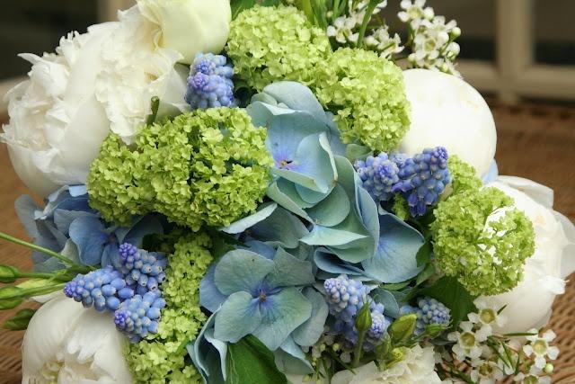 prettyFlowers Gardens, Beautiful Flower, Color Schemes, Pretty Colors, Flower Parties, Wedding Colors, Colors Schemes, Gardens Parties, Colors Ideas