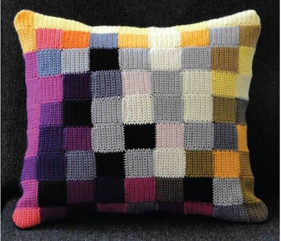 Cushion_Cojin_Crochet_sunsetgurldesign_3