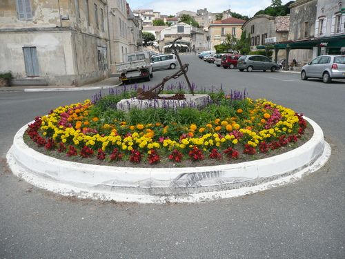 Bourg (33)