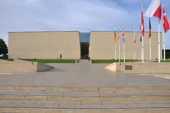 d day museum caen france