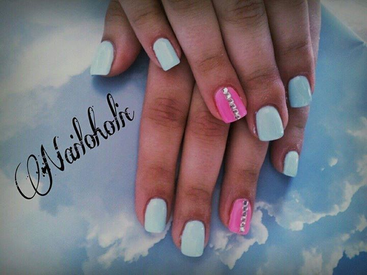 Mint and neon pink