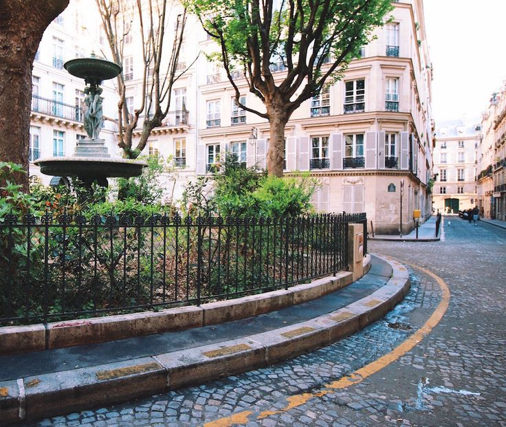 If you stay in Paris long enough, you'll no doubt end up with your own list of urban secrets. This city is full of them. All Parisians lay claim to favourite hidden spots which they unexpectedly stumb