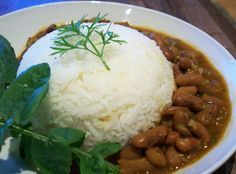 """Rajma Masala Curry ( Spicy Pinto Bean Curry). From """"Monica Sawhhney's Balle Indian Food blog"""""""