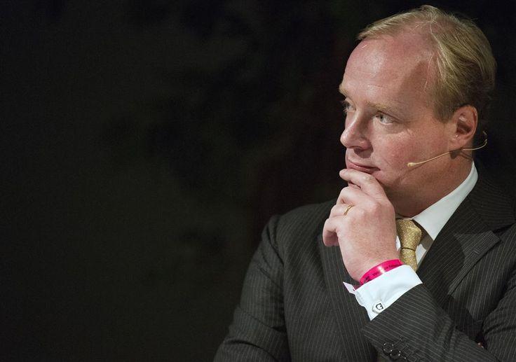 543 besten royals scandals bilder auf pinterest albert for Brigitte camus