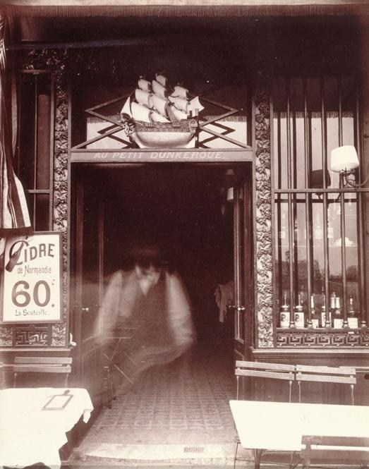 Eugène Atget Boutique Au petit Dunkerque, 3 quai de Conti, Paris 6. (Libourne, 1857 - Paris, 1927) Musée Carnavalet - Histoire de Paris