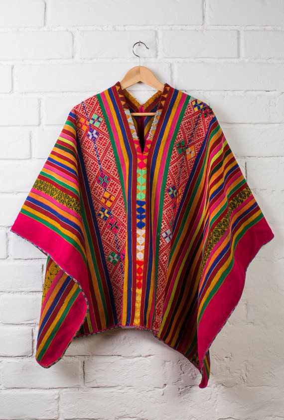 Hey, I found this really awesome Etsy listing at https://www.etsy.com/listing/240797721/peruvian-poncho-wool-poncho-boho-poncho