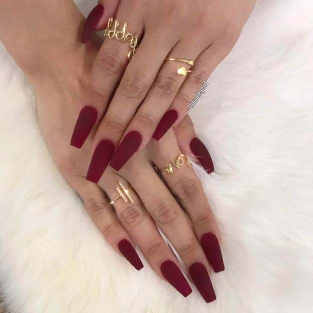 Nail Art Ideas For Coffin Nails Feverish Easy Step By Step Design For Coffin Nails Including Grey Matte B Red Matte Nails Red Acrylic Nails Trendy Nails