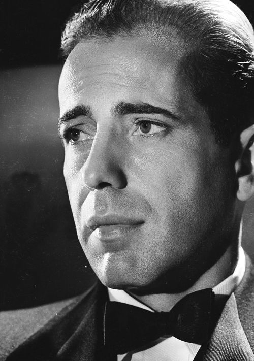 Humphrey bogart 1942 · hollywood starsclassic