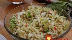 Ľahký a vynikajúci šalát z čínskej kapusty a horčicového dresingu