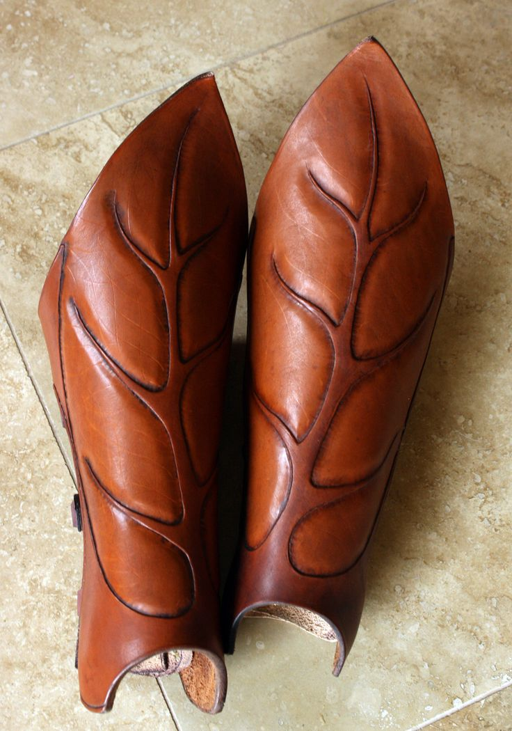 AWESOME!  Wood Elf Greaves by ~Shendorion. Oh man, I totally want these SO BAD for my Core Elf! SOOO bad!!!!