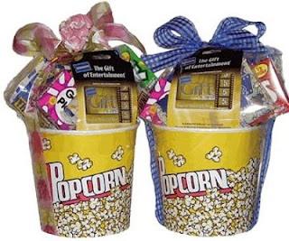 Movie night gift basket: Crafts Ideas, Gifts Baskets, Gifts Ideas B Day, Diy Gifts, Movie Night, Hands Made Gifts, Night Gifts, Baskets Ideas, Crafty Ideas