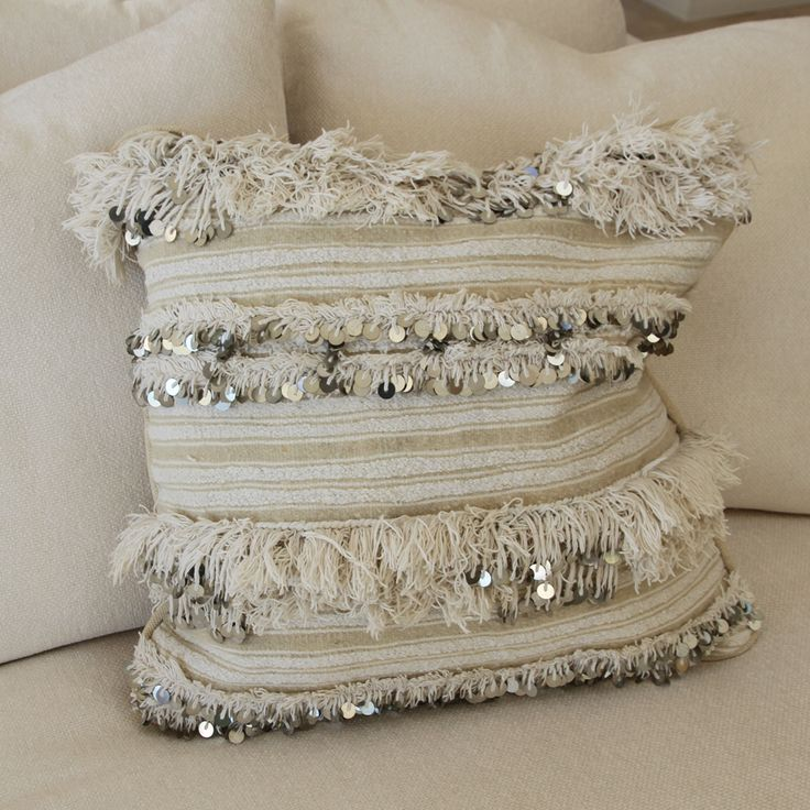 Morrocan Handira Lines Cushion Find This Pin And More On Moroccan Wedding Blankets