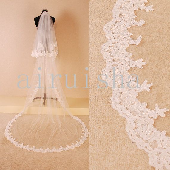 Long laced tulle wedding veil decorated with Pearl and sequin (with a hair pin)