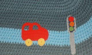 crochet carpet for baby's room http://www.plektologio.blogspot.gr/