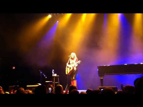"""Grace Potter (Acoustic) - """"Whole Lotta Love"""" - (Led Zep Cover) Stage AE - Pittsburgh - 12-12-12    DEAD"""
