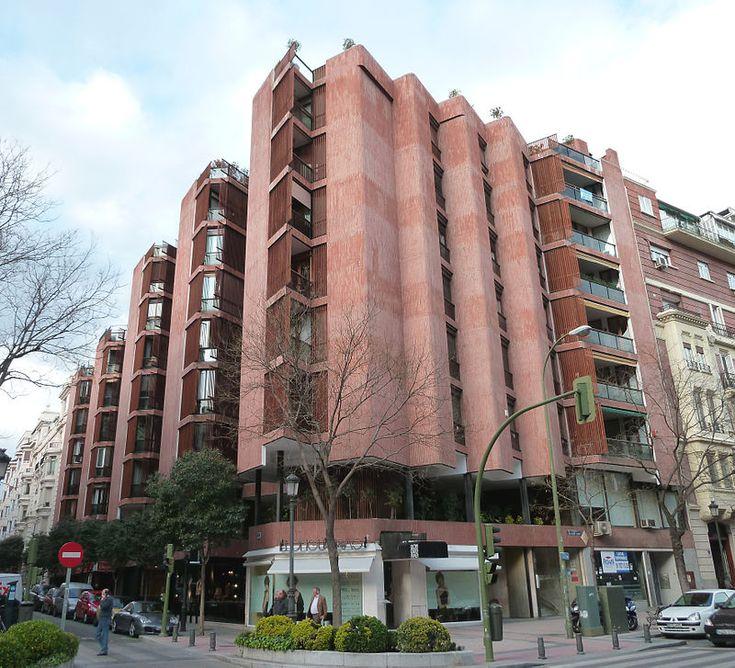 Jose Antonio Coderch | Edificio Girasol | Madrid, España | Wikipedia - Foto de Luis García