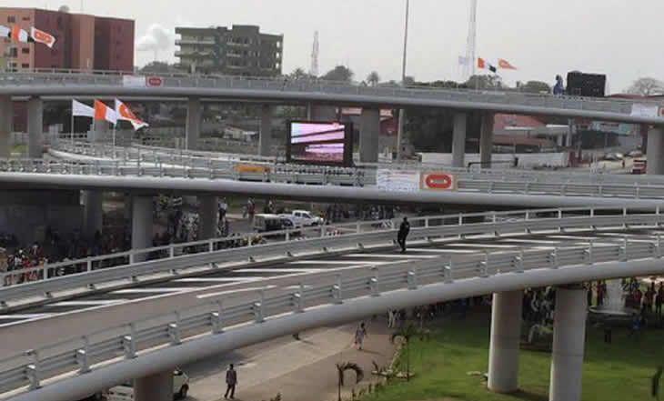 Cote d'Ivoire - Pont HKB : Le péage fixé à 500 FCFA pour les voitures de tourisme - 24/12/2014 - http://www.camerpost.com/cote-divoire-pont-hkb-le-peage-fixe-a-500-fcfa-pour-les-voitures-de-tourisme-24122014/?utm_source=PN&utm_medium=CAMER+POST&utm_campaign=SNAP%2Bfrom%2BCamer+Post