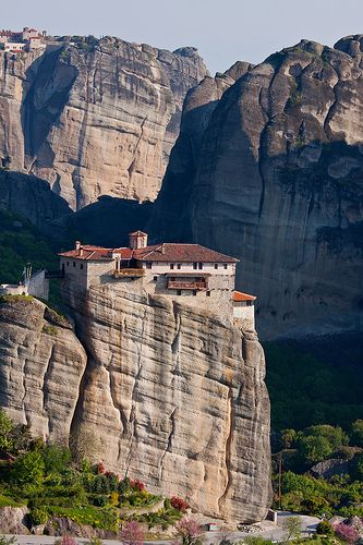 Monastery on the Rock (by mike_faraway) Meteora, Greece