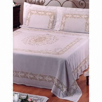 Bedding set with 270 x 300cm flat sheet