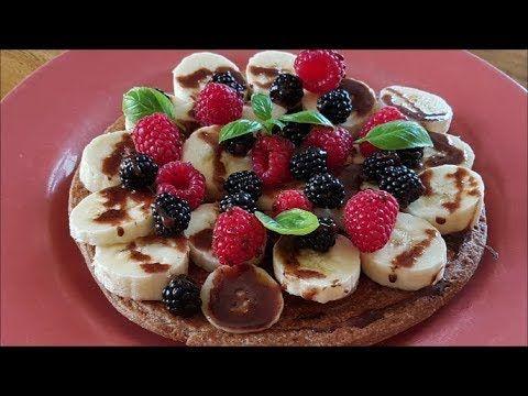 Placuszki gryczano-kokosowe z owocami i polewą czekoladową :)