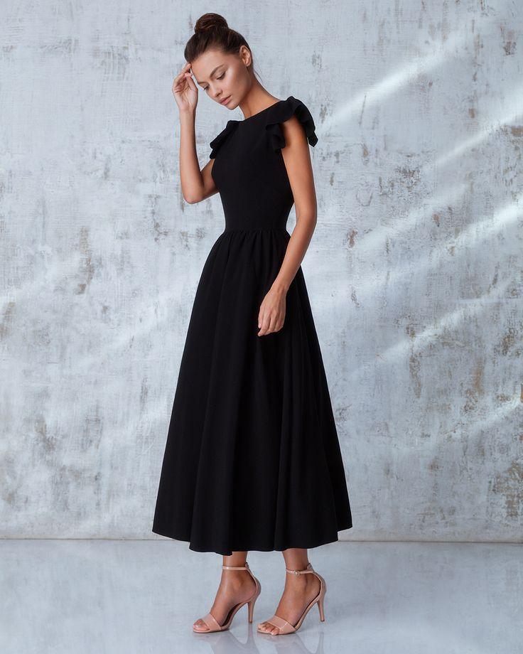 Платье «Кэнди» миди черное, Цена — 27 990 рублей