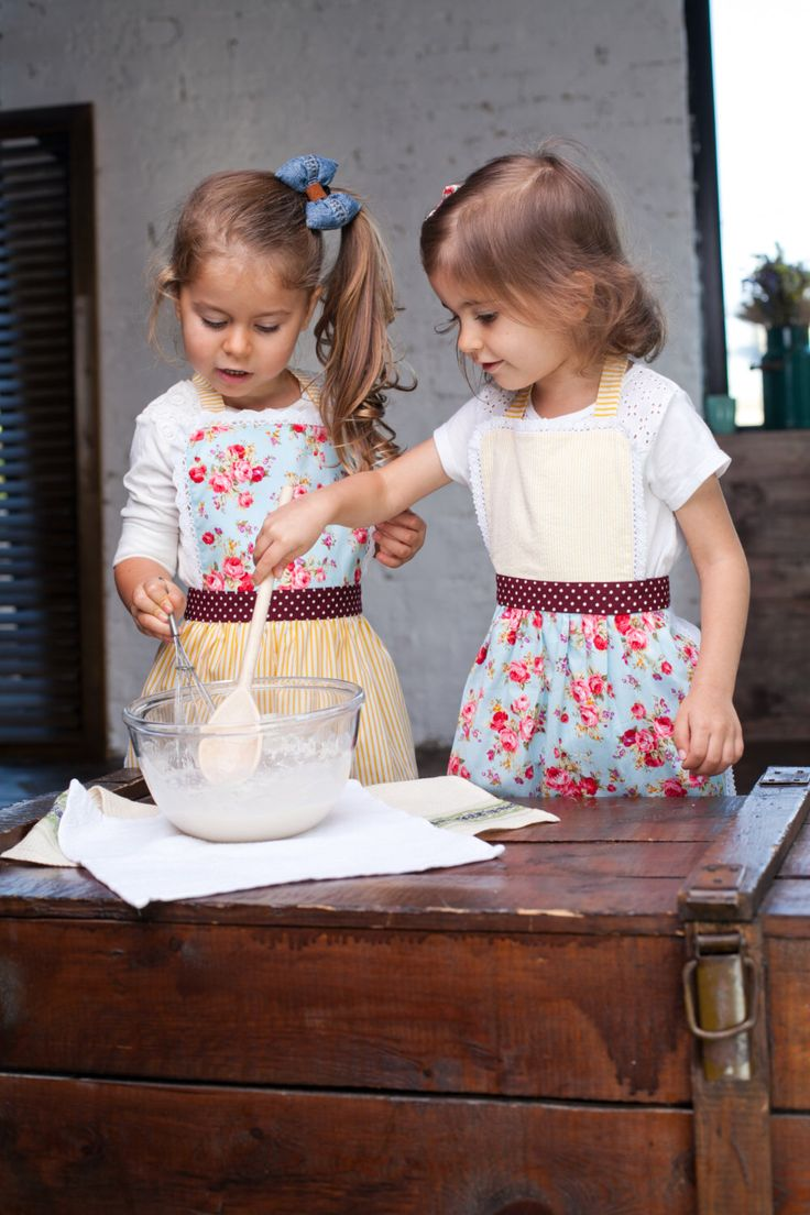 Kitchen aprons for Kids/ Cute Kids Pinny/ Cooking aprons set/ Novelty Toddler Aprons/ Floral Pinny for Toddler/ Kids Birthday Party Aprons by BunnyStreetCom on Etsy https://www.etsy.com/listing/459965094/kitchen-aprons-for-kids-cute-kids-pinny