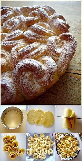 350 G di farina -80 G di burro morbido -2 Tuorli d'uovo -14 Cl di latte caldo -3 Cucchiai di zucchero -1 Pacchetto di zucchero vanigliato -10 G di lievito liofilizzato -a latte poco dolce per spennellare la torta