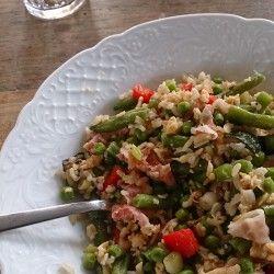 rijst, nasi, gerecht, recept, sperciebonen, doperwten, spekjes. http://www.verlenn.nl/rijst-recept/