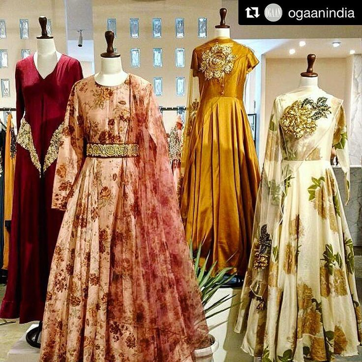 An exclusive preview of our winter festive '16 collection at Ogaan , Emporio. Watch this space to check out the entire collection ! #Repost @ogaanindia with @repostapp ・・・ #BhumikaSharma's 'The Enchantment' is now in store at #OgaanEmporio. Fall colours, moody florals and just the right amount of shine make up this gorgeous collection. #DiwaliBegins #trousseau #bridesmaids#bhumikasharma#signatureflorals#indianwear#winterfestivecollection#comingsoon