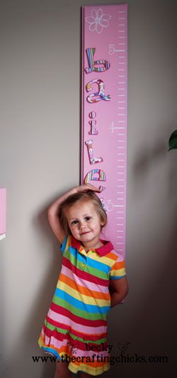 DIY growth chart... maybe I will make one for Baby Garner and it can be wall art in his room...