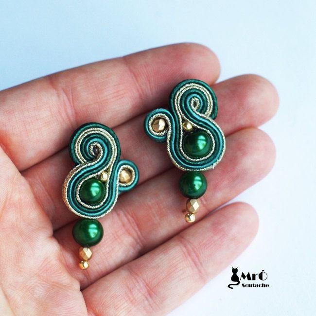 Dark green and gold soutache earrings por MrOsOutache