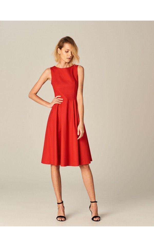 05b90e1f3b Rozkloszowana sukienka